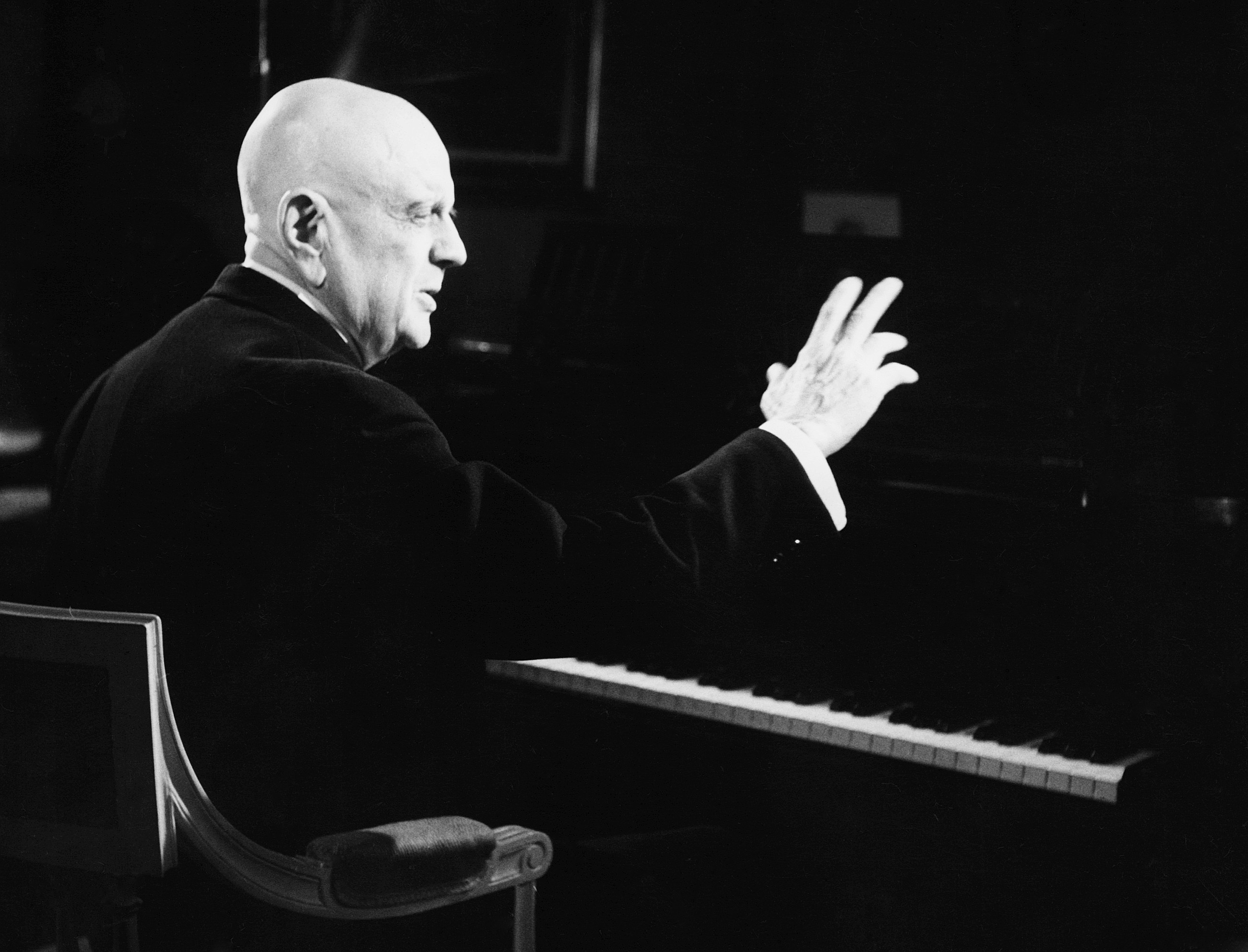 Jean Sibelius - Concerto for Violin and Orchestra in D Minor, Op. 47 / Tapiola - Tone Poem, Op. 112