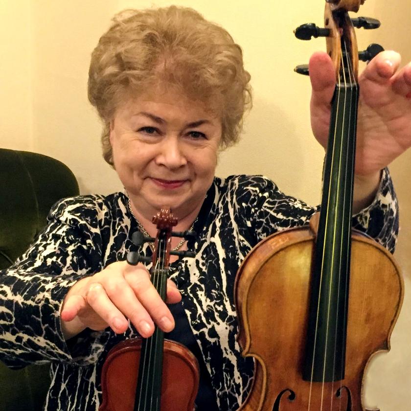 Natasha Boyarsky with Chaudiere violin