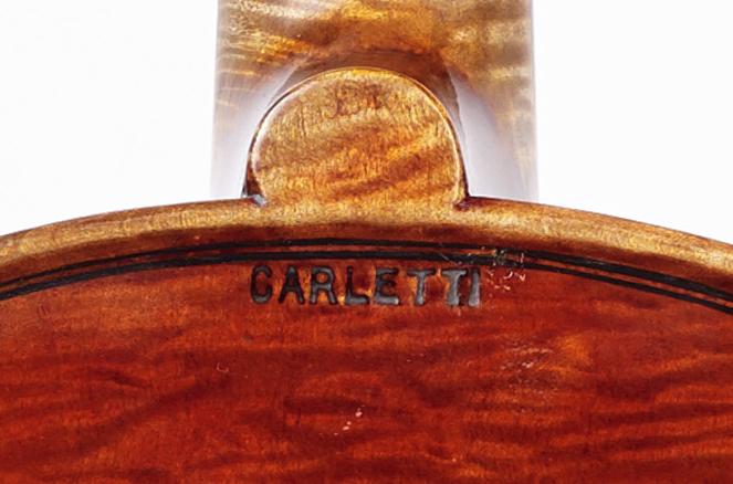 Brand on a Natale Carletti viola