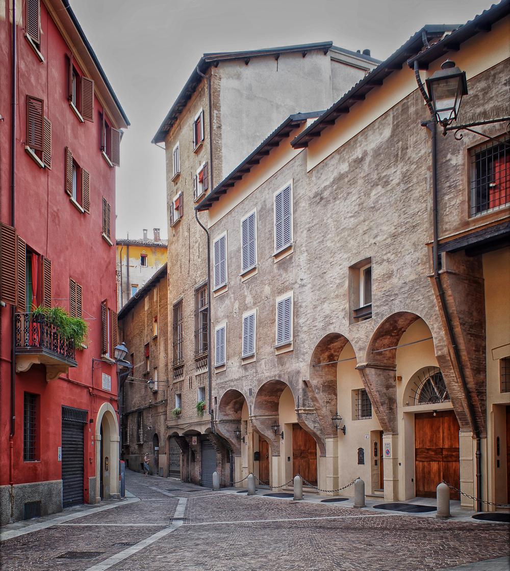 via Pepoli Bologna