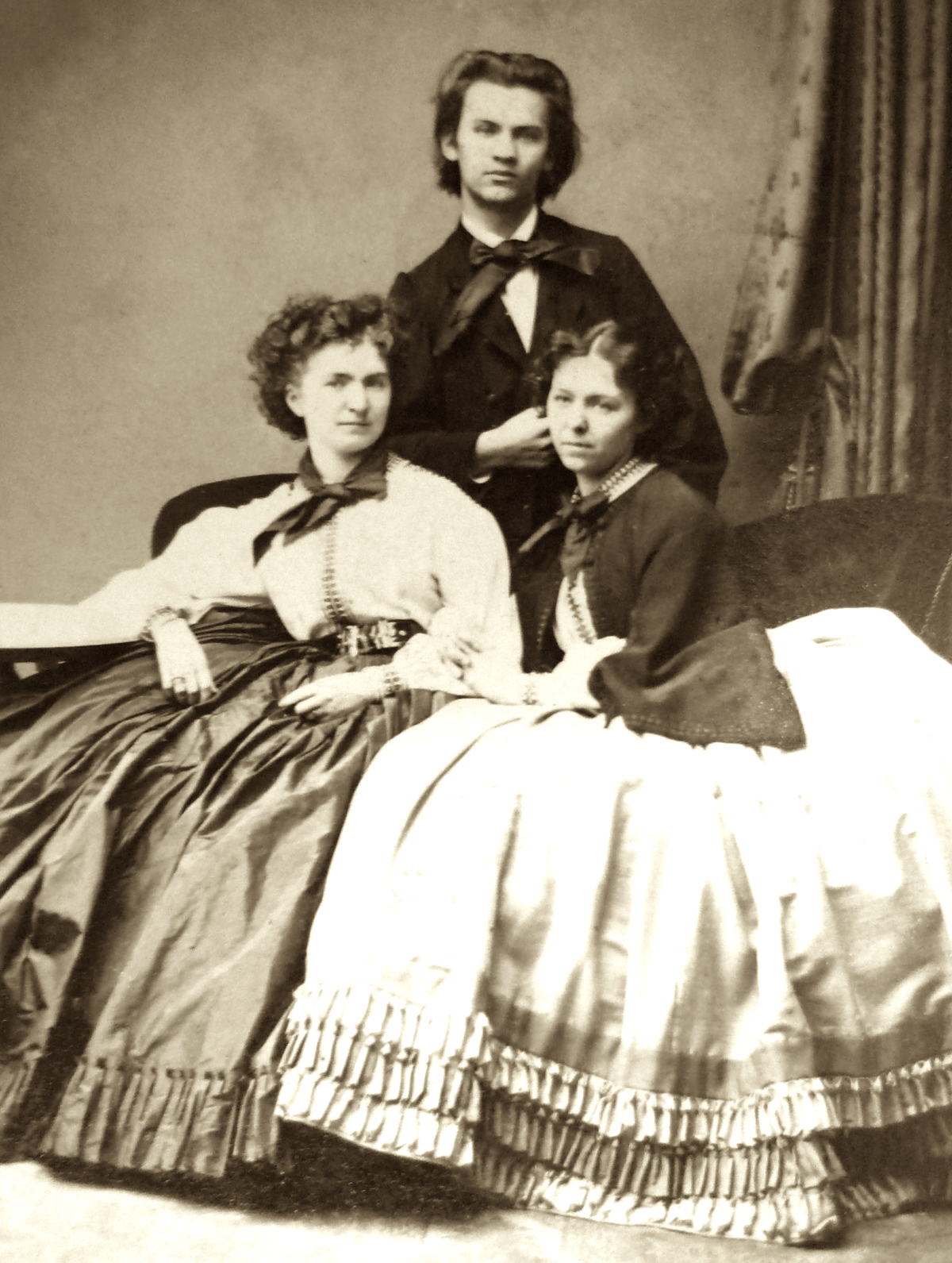 Wilma, Franz and Marie Neruda, c.1862