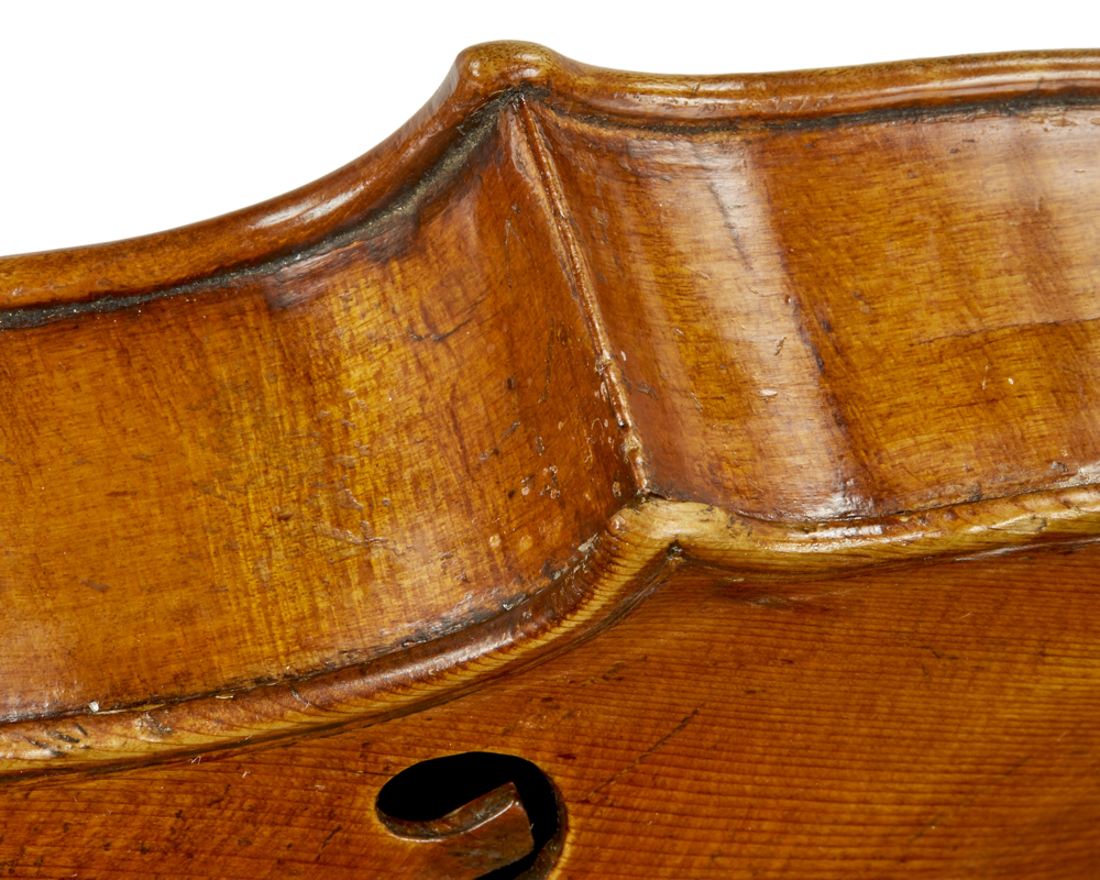 Corner work on Calcagno violin