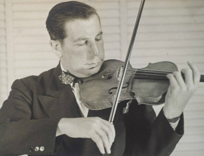 Roman Totenberg plays the 'Ames, Totenberg' in the 1950s. Photo: courtesy of the Totenberg family