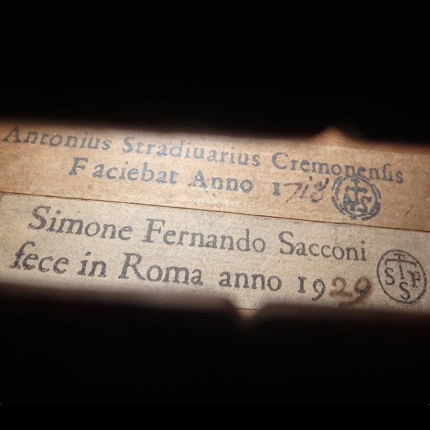 Sacconi label