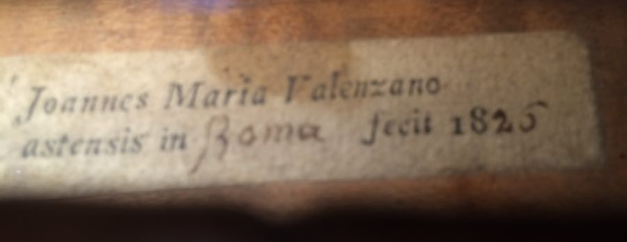 Notice how the city of manufacture is left blank on this label from Giovanni Maria Valenzano in Rome in 1825, the year before this violin was made.